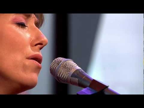 Martha Wainwright - Everything Wrong