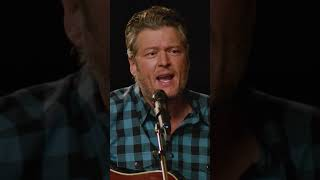 Blake Shelton - Turnin' Me On (Vertical Video)
