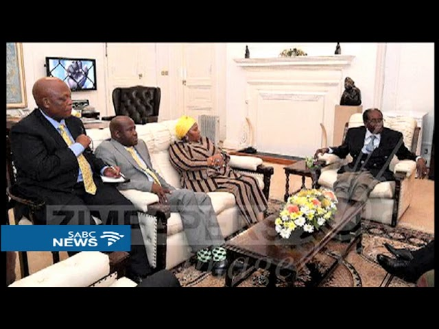 PICS: Mugabe meeting with SADC envoys and Zim military chief
