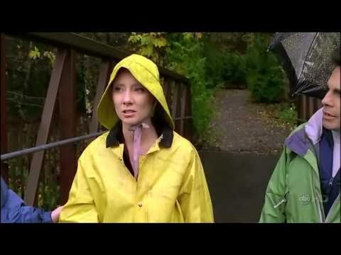 Sexy  Anne Heche, in a Raincoat!! Awesome!!!!
