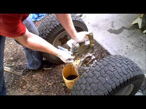 1 Hydrostatic Garden Tractor transmission rebuild 1 of 4 Hydro Gear