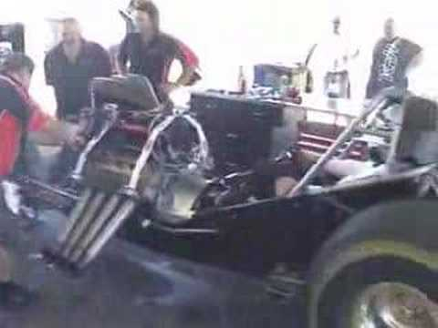 Mark Sheehan's Nitro Funny Car test day 23.12.2007 Video
