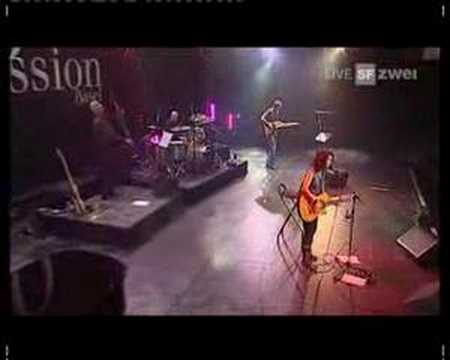 Katie Melua - Crawling Up A Hill (live AVO Session)