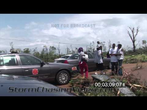 4/24/2010 Yazoo City, MS tornado aftermath footage
