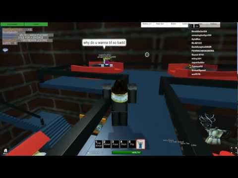 How many people are online dating in roblox