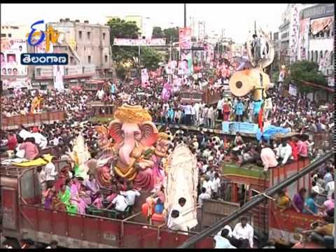 Various Types Of Ganesh Idols Attracted Everyone @ Mojamjahi Market