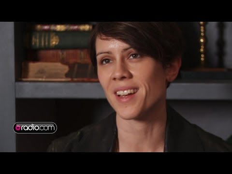 Tegan & Sara Talk Band of Outsiders & How To Wear Leather