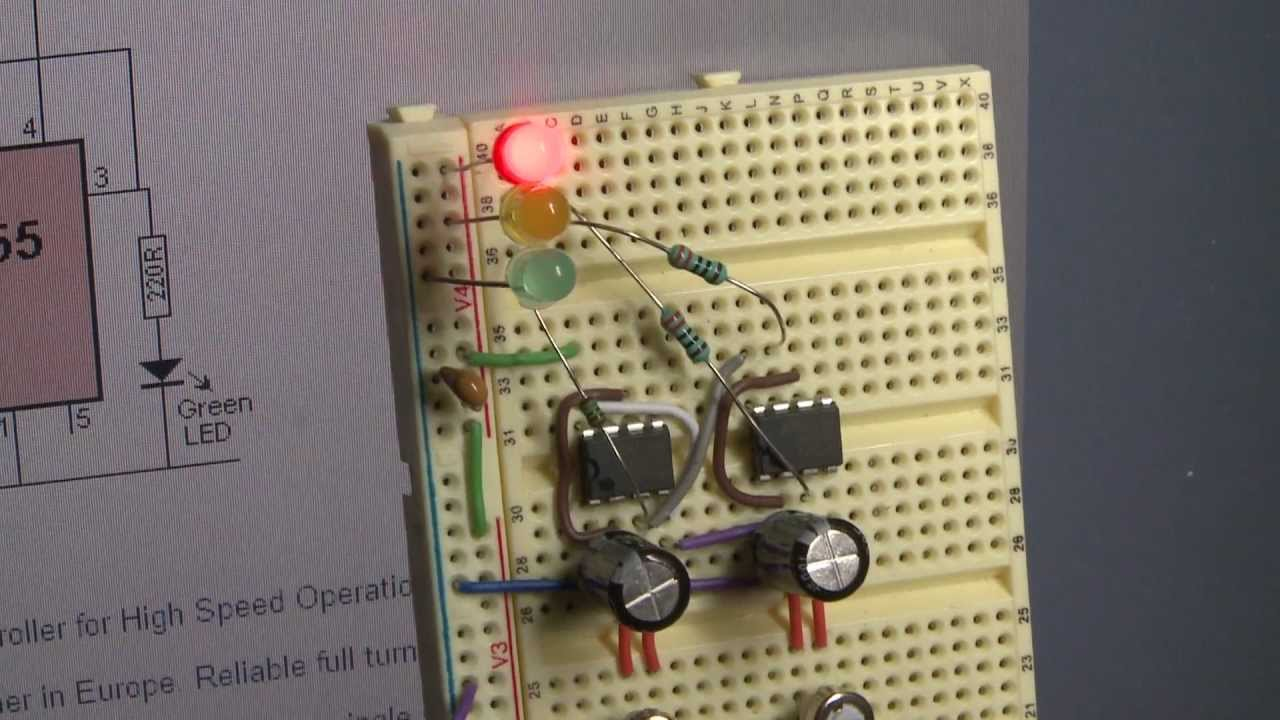 Basic 555 timer Arduino project SQUARISM