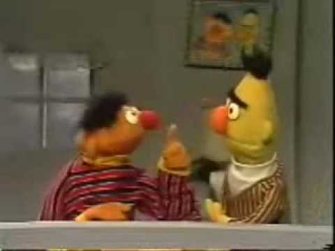 Sesame Street - Ernie's Rhyming Game
