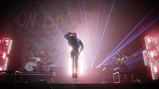 DON BRONCO - Everybody (live)