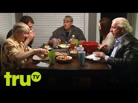 Lizard Lick Towing - Lick Life 101: Ronnie & Bobby On Barbecuing