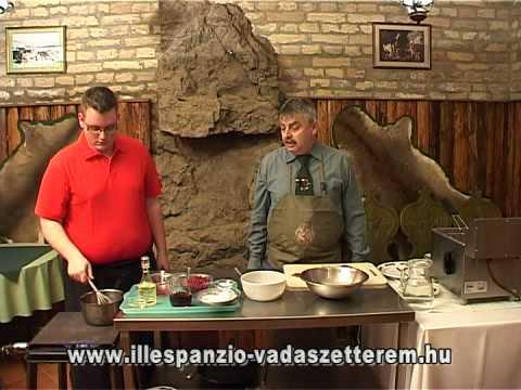 Hirtelen sült szarvascomb vörös ribizli mártással, burgonya krokettel
