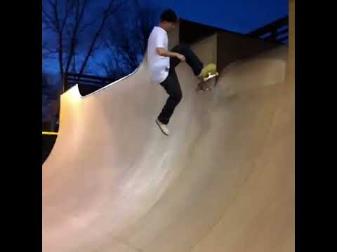 So fresh and so clean tre @justinsommer_ 📲: @stroullos   Shralpin Skateboarding