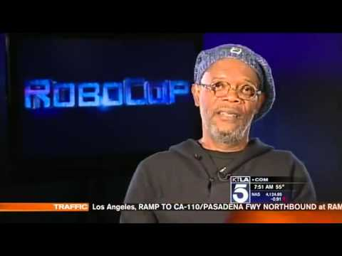 Samuel L Jackson Gets Mad At Reporter!