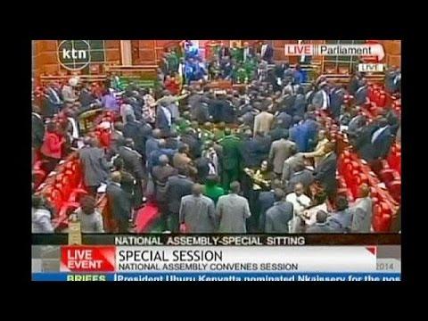 فوضى وعراك بالأيدي في البرلمان الكيني بسبب مشروع قانون أمني