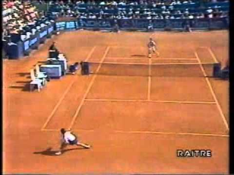 Pete Sampras great shots selection against Alex Corretja (Rome 1994 2R)