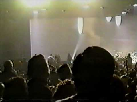 Primal Scream (fan fucks with Mick and show stops) - 11-25-1997- Las Vegas, Nv