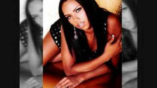 Kiely Williams - Circle Game
