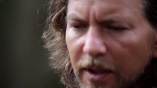 Watch Eddie Vedder Longing To Belong video