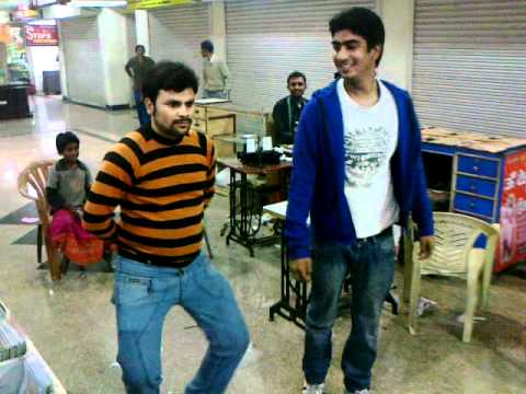 piyush & gaurav in aunty no 1.mp4