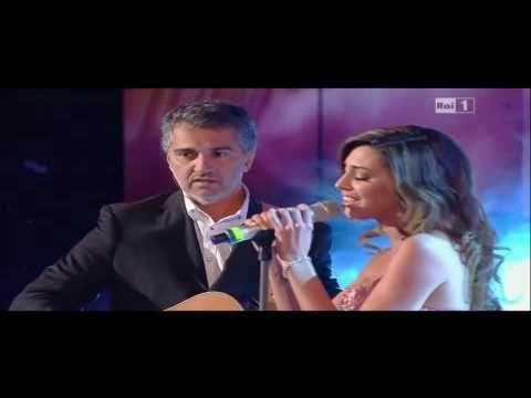 Belen Rodriguez e suo padre – Tu – ultima sera Sanremo 2011