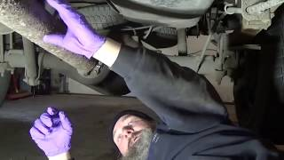 Video Extra : rear pinion seal leak repair Chevy 2500 HD