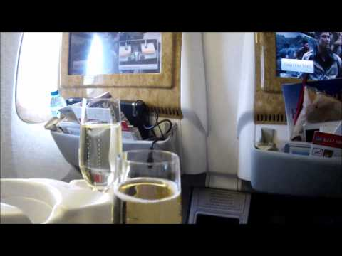 Flying Business Class Oslo-Dubai with Boeing 777-300ER, Emirates