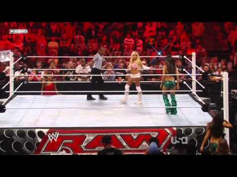 WWE Raw 08/30/11; Kelly Kelly vs. Brie Bella