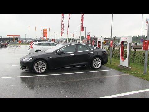 Driving Model S 90D facelift from Stockholm to Oslo