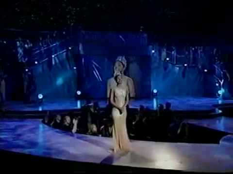 Miss Universe 2000, Lara Dutta Final walk
