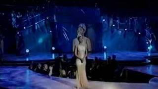 Miss Universe 2000, Lara Dutta Final walk