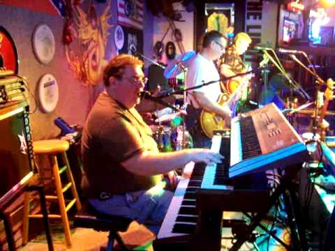 Fat City at Lou's Blues Melbourne, FL  Alman Brothers Nobody left to run with anymore