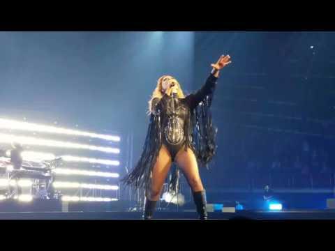 Lady Gaga - Joanne World Tour - Perfect Illusion - Vancouver