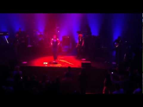 D'Angelo&The Testimony - Sht, Damn, Motherfcker [live in Stockholm 2012-01-26]