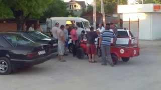 A intrat cu motoblocul într-un Opel la Trușeni
