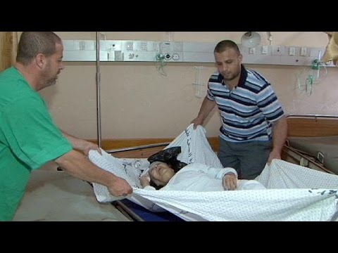Palestinian hospital is overwhelmed by Gaza casualties