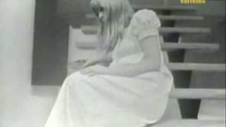 Watch Marianne Faithfull Ne Me Quitte Pas video