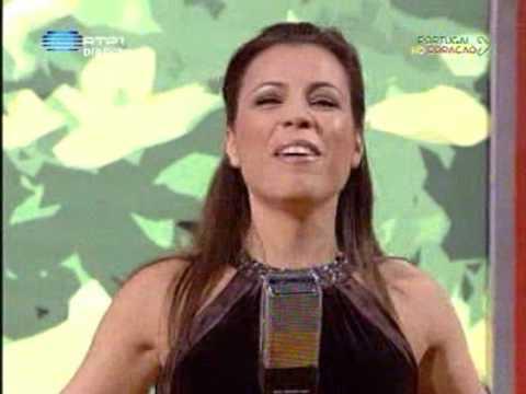 Claudia Faria - Mama, He's Making Eyes At Me