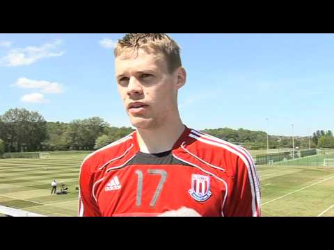 Utd fan Ryan Shawcross looking for City Cup win | FA Cup final - Manchester City vs Stoke 10-05-11