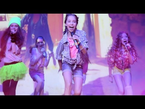 Open Kids - Show Girls Live (HD) at 2013 Open Art Studio Birthday Party