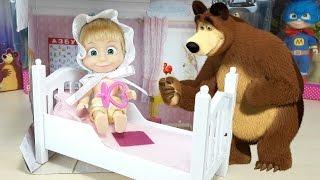 MASHA E ORSO, apertura nuovo gioco, Baby Masha con il ciuccio e il pannolino nella sua cameretta!