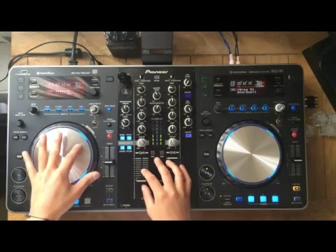 Stonecat - Mixing on Pioneer XDJ-R1