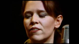 Watch Gillian Welch Dear Someone video