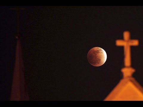 Blood Moons : Signs in the Heavens of the Four Blood Moon Tetrad starting on Passover (Apr 13, 2014)