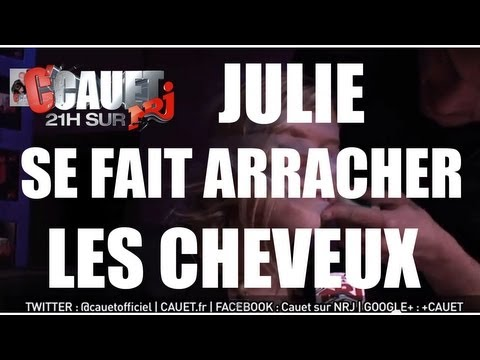 Julie se fait arracher les cheveux par Pietre ! - C'Cauet sur NRJ