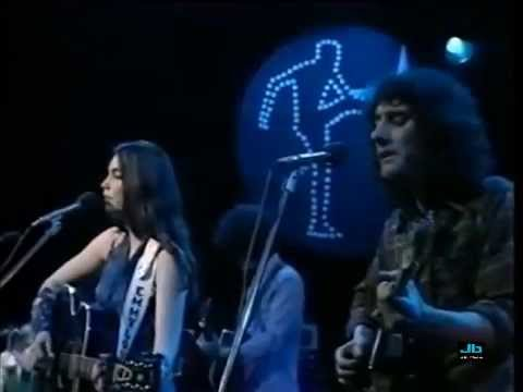 Emmylou Harris - Make Me Believe