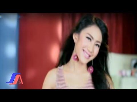 Cover Lagu Gue Mah Gitu Orangnya - iMeyMey (Official Music Video)