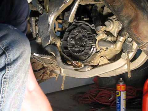 How To Replace A Clutch In A Dirtbike Youtube