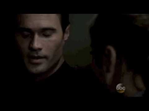 Skye and Ward Kiss/ Scenes 1x17
