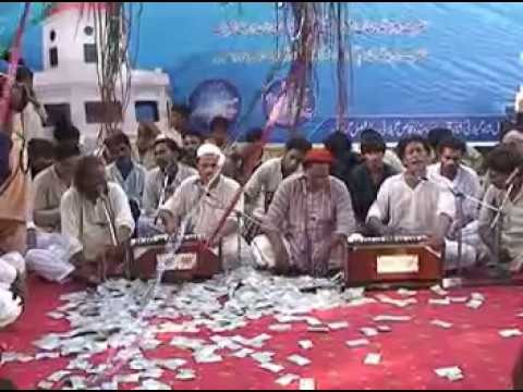 Molvi Haider Hassan Akhtar In Aastana Patti Sharif (bina Dekhe Lukay Rub Noo) video